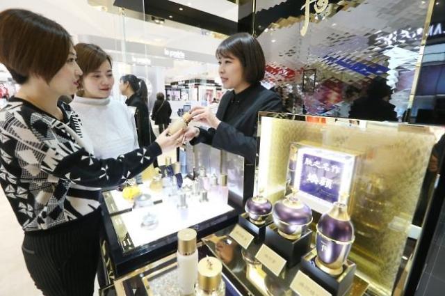 韩化妆品对华出口增长显著 引业界重燃希望