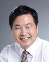고위공직자 재산 추가 공개…홍종학 중기부 장관 재산 56억 신고