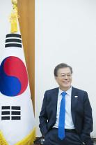 [갤럽] 문재인 대통령 국정지지도 68%…설 연휴 전보다 5%p↑