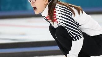 [평창]실수없는 스웨덴·흔들리는 한국, 여자 컬링…누리꾼·해설위원 반응은?