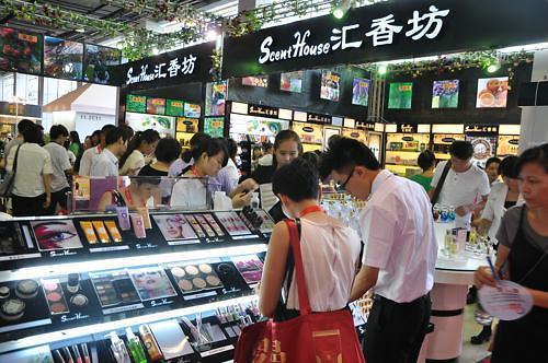 올해 中 뷰티화장품산업 발전 동향은? 성장세 지속·브랜드별 경쟁 심화·DIY 열풍 등