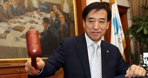 文在寅提名李柱烈留任央行行长 以保货币政策延续性