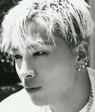 .BIGBANG太阳本月12日入伍 与大声仅差一天.