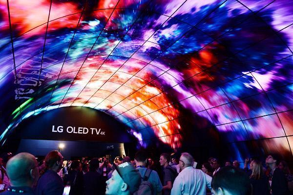 三星LG发布多款电视机 加强欧美市场宣传力度