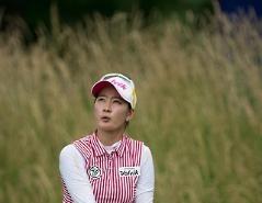 첫날 공동 선두 최운정, 2년 8개월 만에 우승 도전…박인비·박성현도 상위권