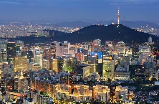 韩央行行长李柱烈:下调利率带来0.1-0.2%的经济增长