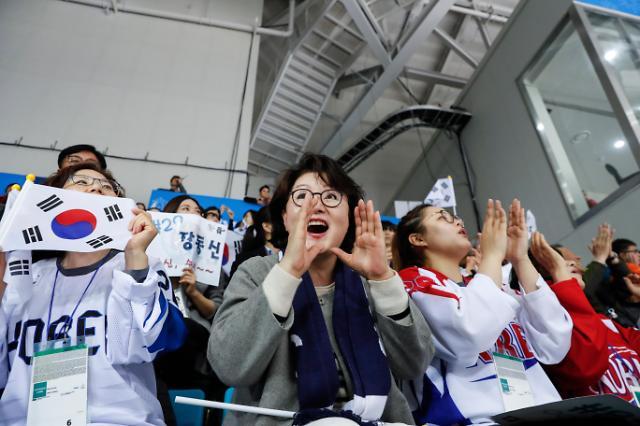 韩第一夫人成平昌冬残奥会大忙人 为选手加油助威获可爱称号?