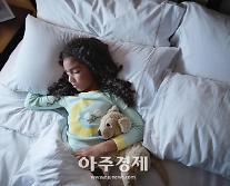 직원의 아이디어, 호텔 프로젝트로…침대 린넨, 어린이 잠옷으로 재활용