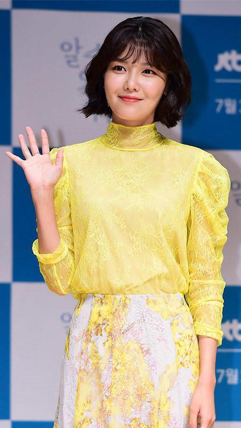 崔秀英出演韩日合拍电影《尽头的回忆》