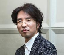 [인터뷰] 지만갑 이장훈 감독 日원작, 현재 韓여성 정서와 달라…성장에 초점