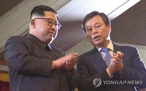 金正恩提议秋季在韩举行演出