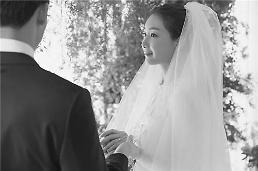 """.""""姐姐我爱你!""""  """"姐弟恋"""" 在韩娱乐圈盛行."""