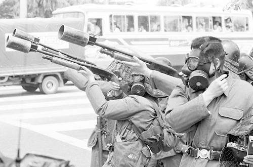 韩警方:截至10月将大规模销毁催泪弹