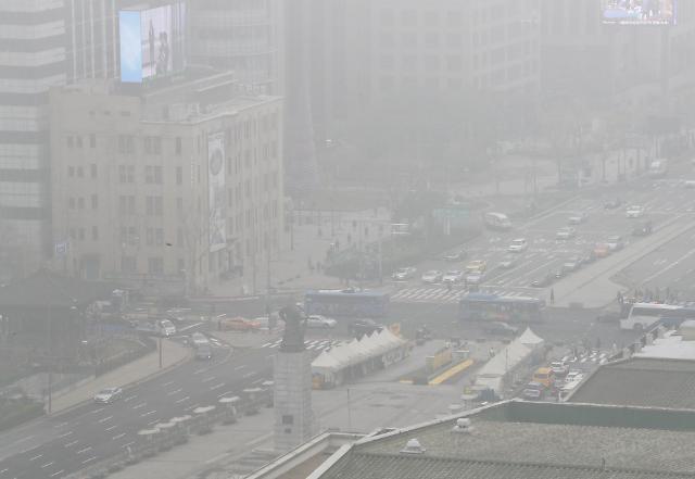 倒春寒加大雾天气 首尔一秒重回冬天