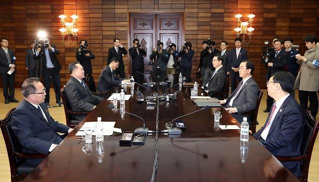 统一部:南北双方本周将多次开会商讨首脑会谈事宜