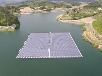 ハンファQセルズ、オランダの水上太陽光発電所にモジュール供給