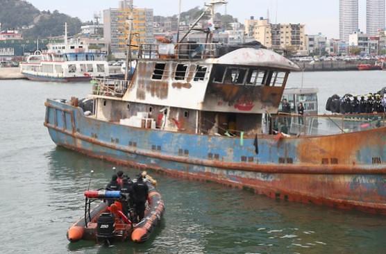 9·29中国渔船起火事故已过近两年  船员尸体安置费谁来付还没扯明白