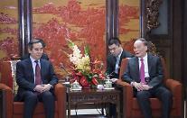 中 시진핑 '오른팔' 왕치산, 필리핀∙싱가포르∙베트남과 잇단 '동남아 외교'