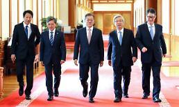.文在寅:朝鲜无核化意愿明确,应签订和平协定.