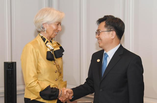 韩财长同IMF总裁商讨政府干预汇市细节公开问题