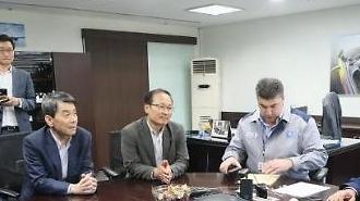 이동걸 산은 회장 실사 마무리…한국GM 노사 합의 중요