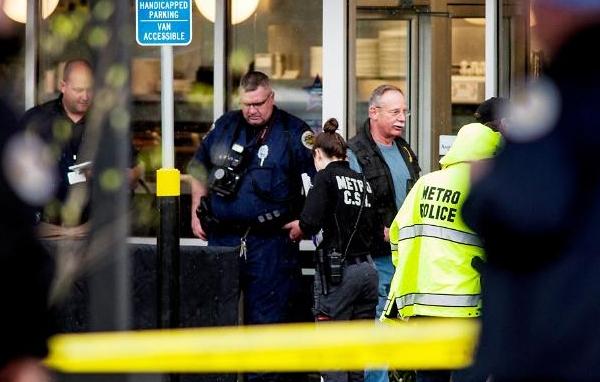 美 알몸괴한 총기난사, 3명 사망·4명 부상