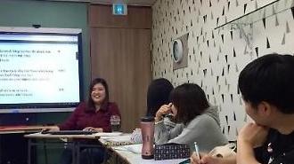"""""""中 보이콧 속 베트남어 배우는 한국인 급증"""""""