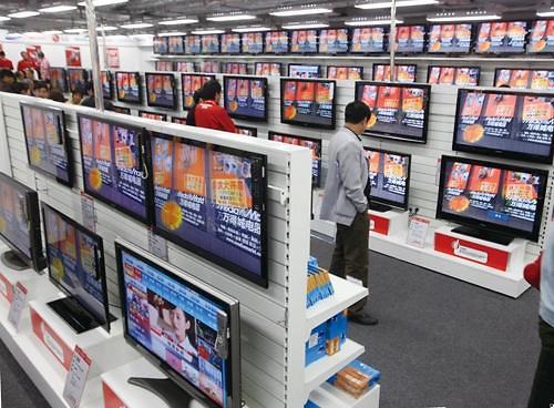 中 TV 시장 봄날 오나…패널 가격 하락에 1분기 실적 회복세