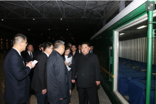 [중국포토] '속죄합니다' 北 김정은, 중국관광객 시신 실은 특별열차 직접 배웅