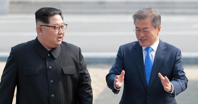 金永南金与正等9名朝鲜高官陪同金正恩访韩