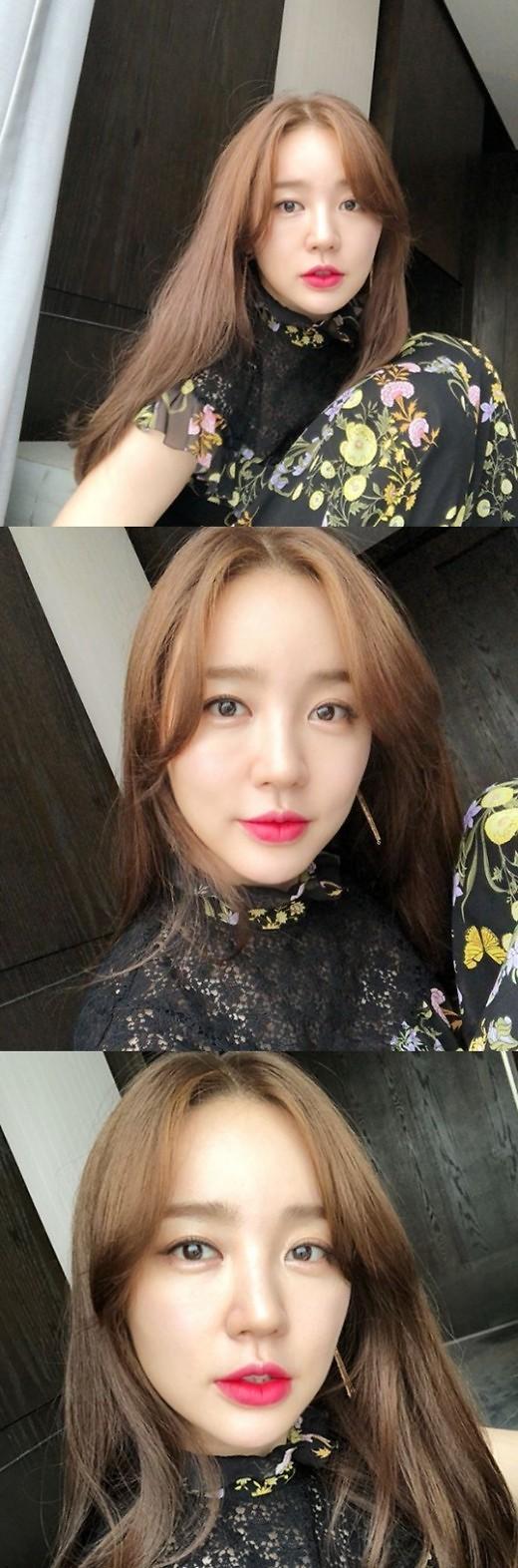 尹恩惠公开近况 耀眼美貌吸睛
