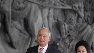 '적폐'로 지목된 나집 前 말레이 총리…자택서 2700억원 현금뭉치 발견