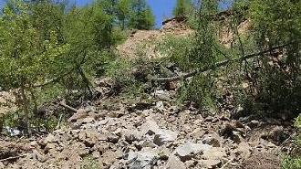 [포토] 흙· 돌에 파묻힌 北 풍계리 2번 갱도