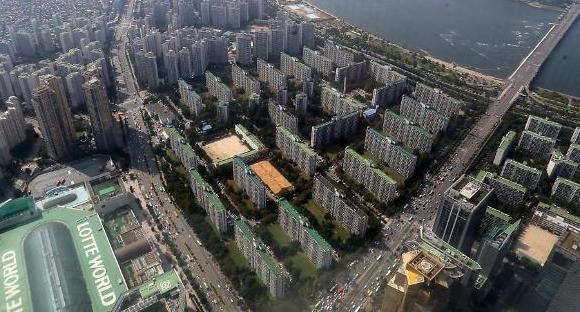 서울 전세가격 5년 9개월 만에 큰 폭으로 떨어져