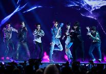 防弾少年団、韓国歌手初の米ビルボード1位を獲得