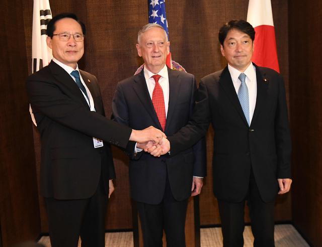 韩美防长新加坡会晤 商定积极支持朝美首脑会谈
