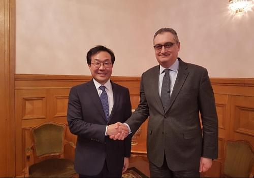 六方会谈韩俄团长在俄会晤