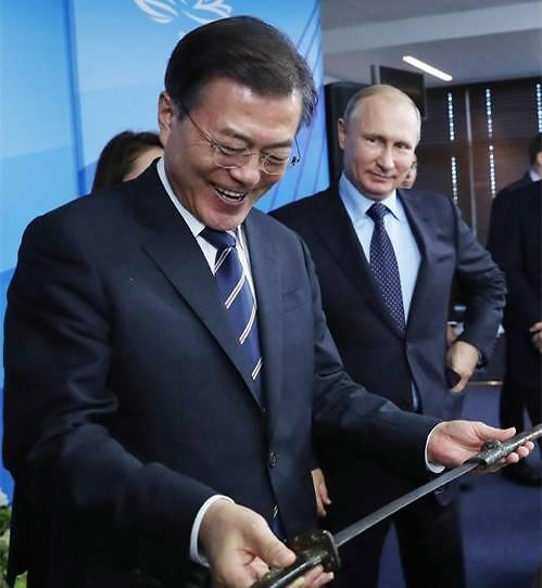 文在寅世界杯期间访问俄罗斯 与普京举行首脑会谈