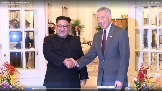 金正恩与新加坡总理李显龙举行会谈