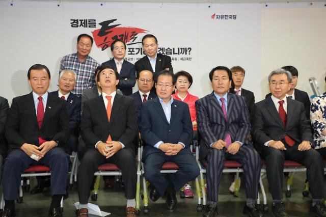 韩国地方选举出口调查:共同民主党压倒性优势获胜