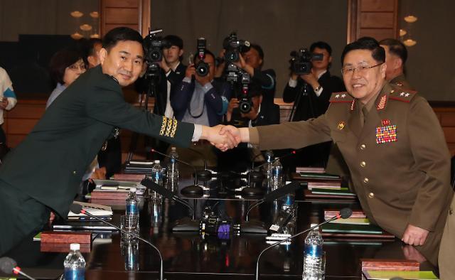 韩朝将军级军事会谈时隔11年重启  剑拔弩张不再谈笑风生满堂