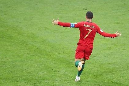 [월드컵] 역시 호날두, 메시 봤나?