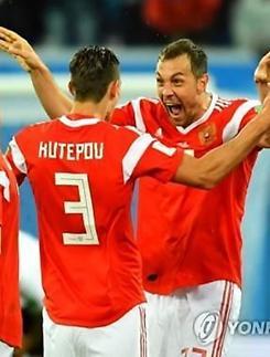 [월드컵] 돌풍의 러시아, 이집트도 3-1 완파...16강행 절대 유리