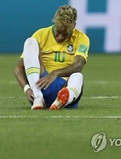 """[월드컵] 코스타리카 감독 """"네이마르 막을 전략 있다·거친 반칙 없을 것"""""""