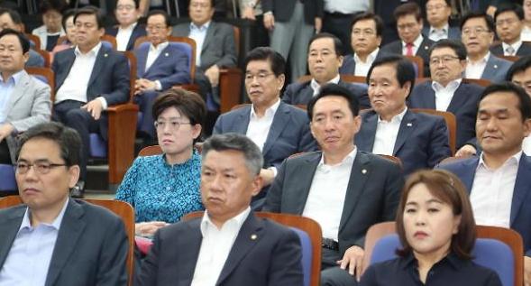 [이주의 국회3컷] 중구난방 한국·우왕좌왕 민주·설상가상 국회