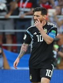 """[월드컵] '은퇴설 일축' 메시 """"월드컵 우승 트로피 없이 물러나지 않겠다"""""""