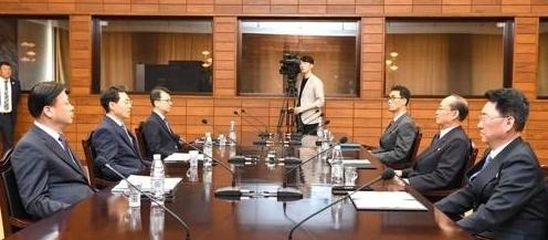 韩朝商定推进朝鲜两条公路现代化项目