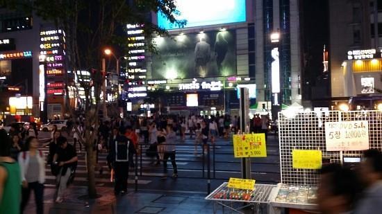 首尔市民月均消费143万韩元 瑞草区居民花钱最多