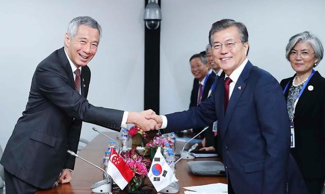 韩国总统文在寅结束印度访问 今日前往新加坡