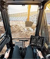 現代建設機械、スマート掘削機の商用化…AI基盤のマシンガイダンスシステム装着